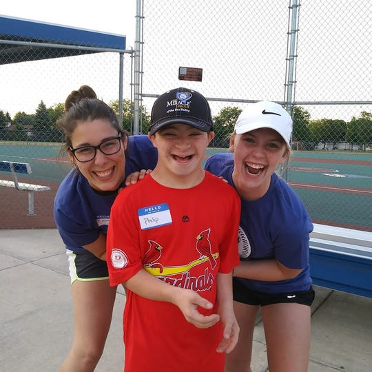 Registration is now open to both players and community volunteers for the 2019 Miracle League of the Lakeshore season.