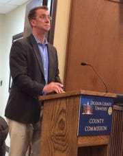 Ben Eberle, vice president of construction manager T.W. Frierson, speaks to the Dickson County Commission on Monday night.