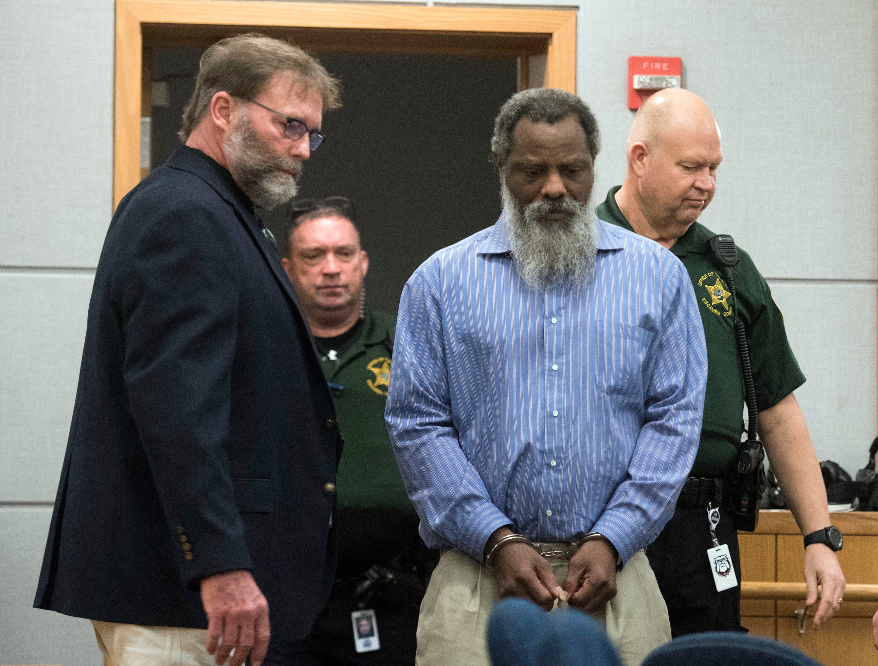 Patrick Miles Smith enters the courtroom of Circuit Judge Joel Boles on Tuesday, Feb. 5, 2019,  to stand trial for the death of his former girlfriend, Mary Ellen Williams