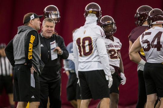 Special teams coordinator Shawn Slocum gives instructions during practice on Tuesday, Feb. 5, 2019, at the Verde Dickey Dome in Tempe, Ariz.