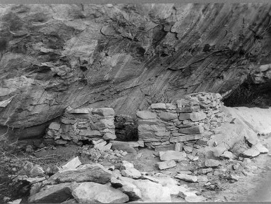 Ruins of a cliff dwelling in the Grand Canyon are shown in this 1913 image.