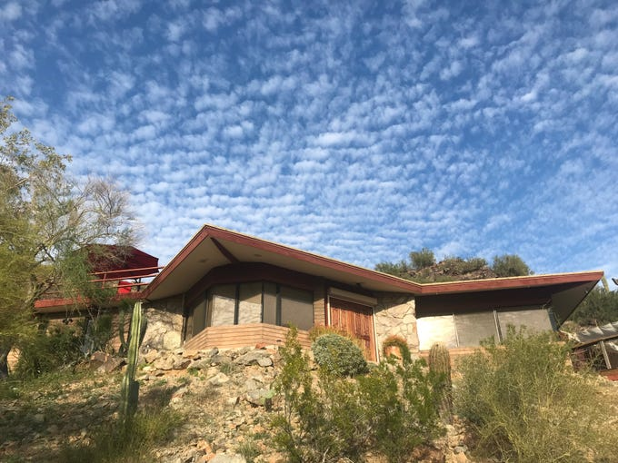 This Phoenix home was designed by a student of Frank Lloyd Wright, Paul Christian Yaeger. Yaeger is most well-known for designing the Barry Goldwater house in Paradise Valley.