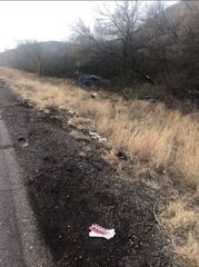 Rollover crash leaves one dead near Nogales