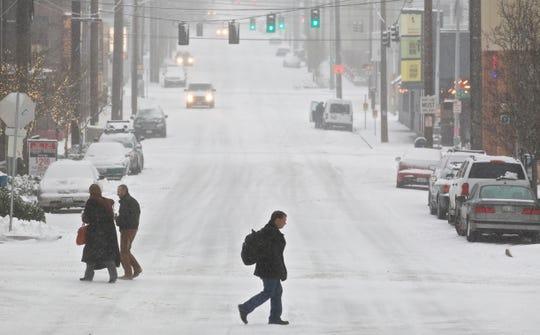 Cayó la nieve en Portland, Oregón, y sus alrededores durante la noche.