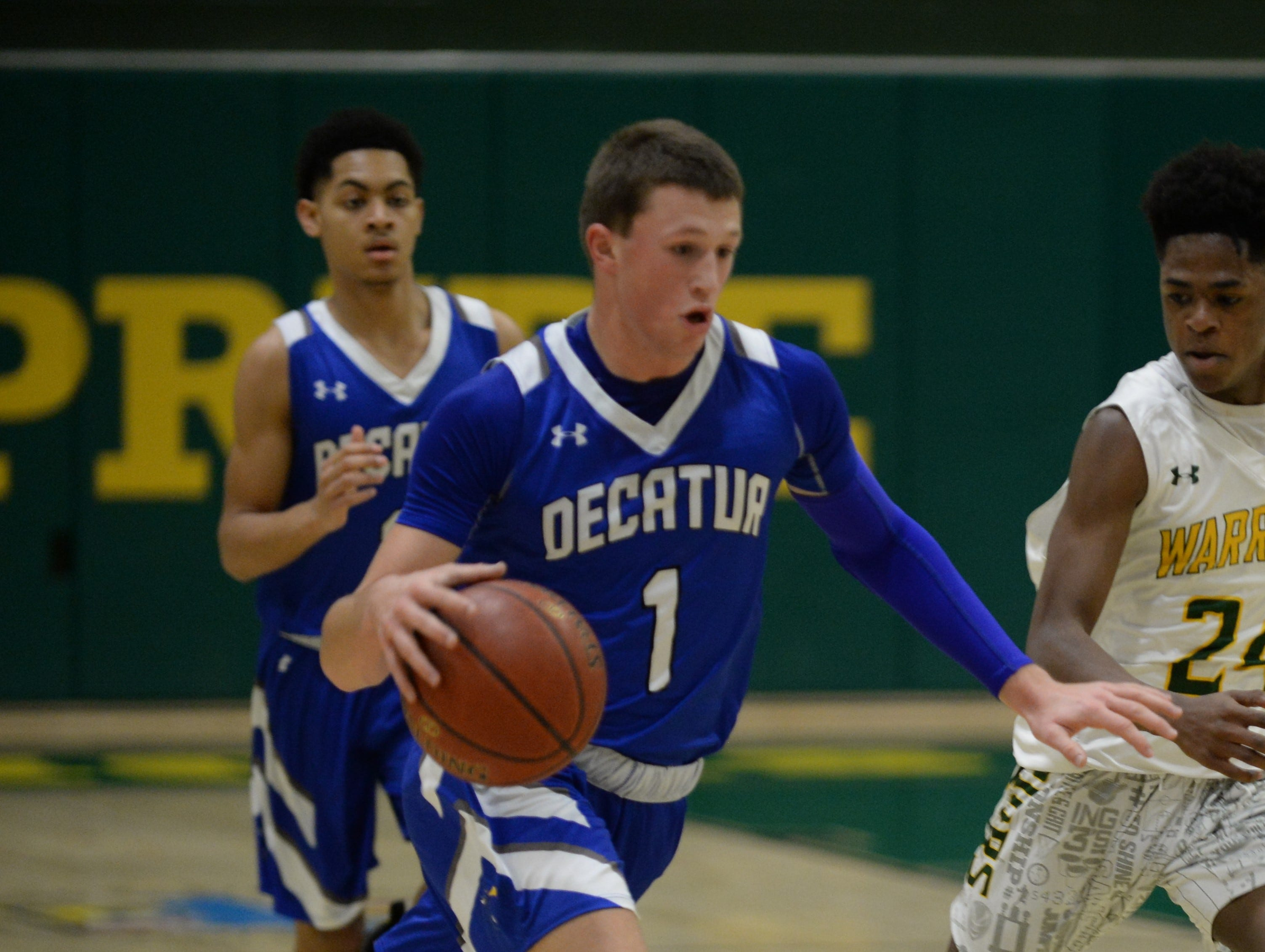Stephen Decatur's Drew Haueisen takes the ball down court against Mardela on Tuesday, Feb. 5, 2019.