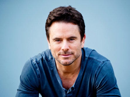 Charles Esten will host and sing at the Borderline Strong concert Feb. 11 at the Thousand Oaks Civic Arts Plaza.