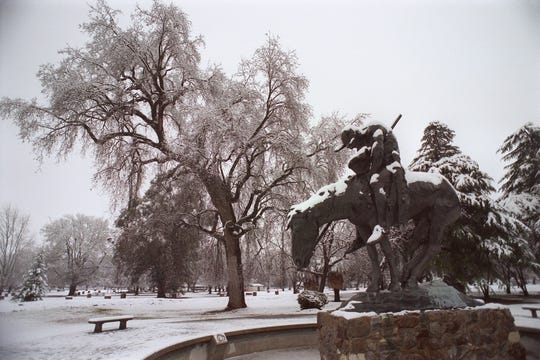 This is snow, people.  The last time it snowed in Tulare County it was Jan. 25, 1999. On Tuesday, Visalia and Tulare County saw ice pellets.