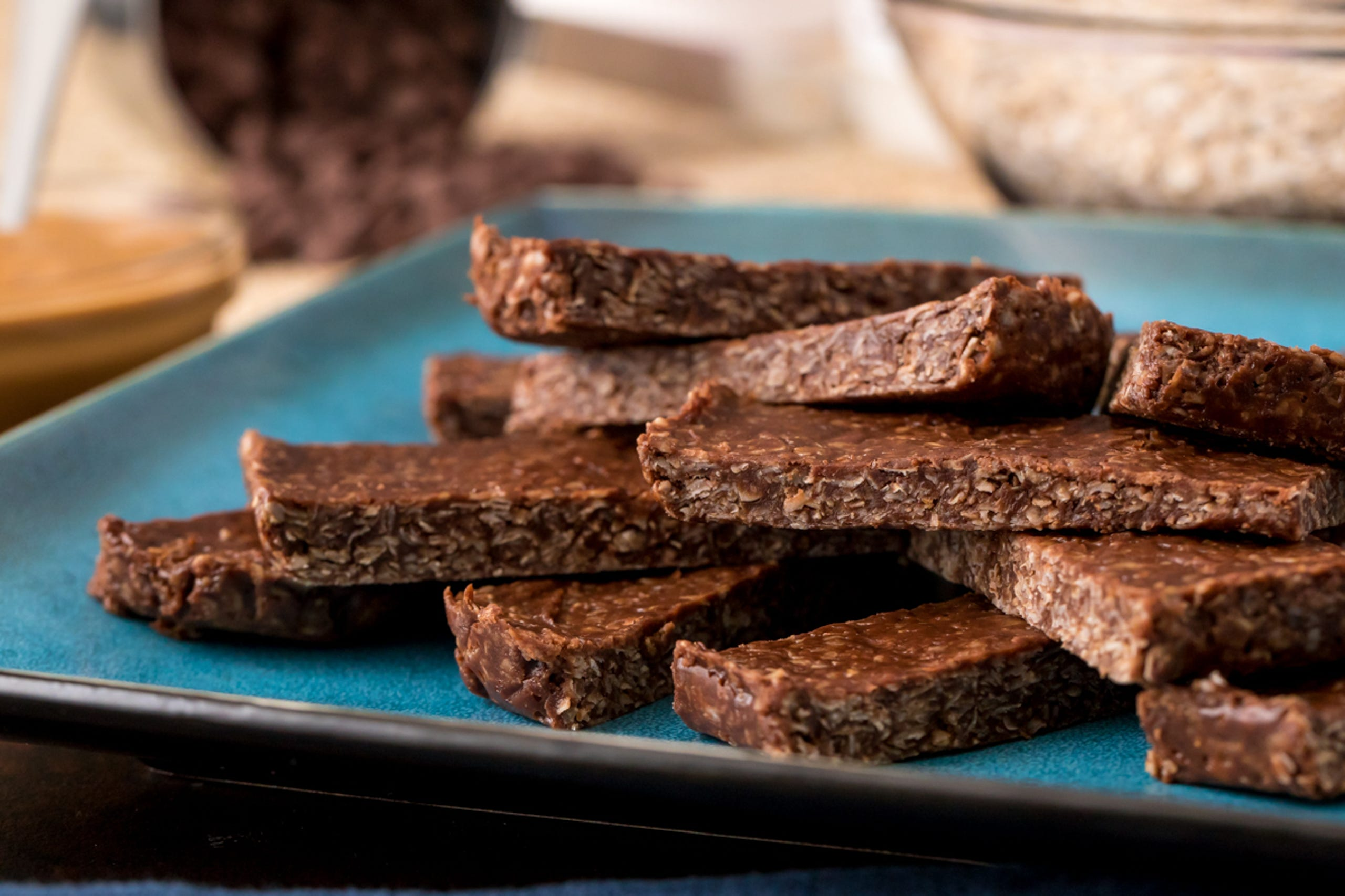"""<a href=""""https://youtu.be/oJtCLTU5nlk?utm_source=veganvalentinesdesserts"""" target=""""_blank"""">Chocolate oatmeal no-bake bars</a>are a delicious classic — but they can't be considered healthy…that is, they couldn't until healthy dessert blogger Katie Higgins of<a href=""""https://chocolatecoveredkatie.com/?utm_source=veganvalentinesdesserts"""" rel="""