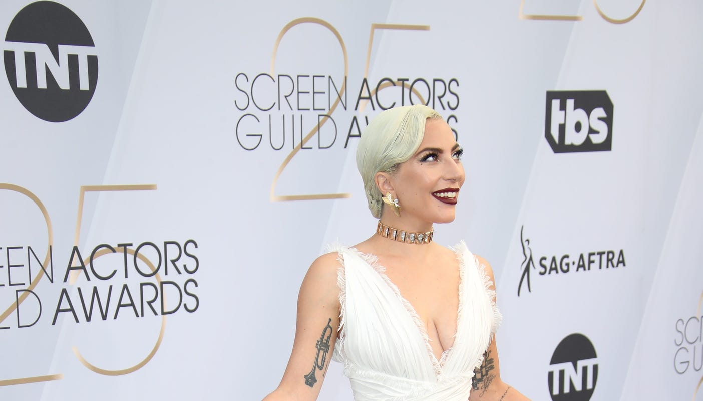 Lady Gaga And More Stars Start 2019 By Stunning On The Red Carpet