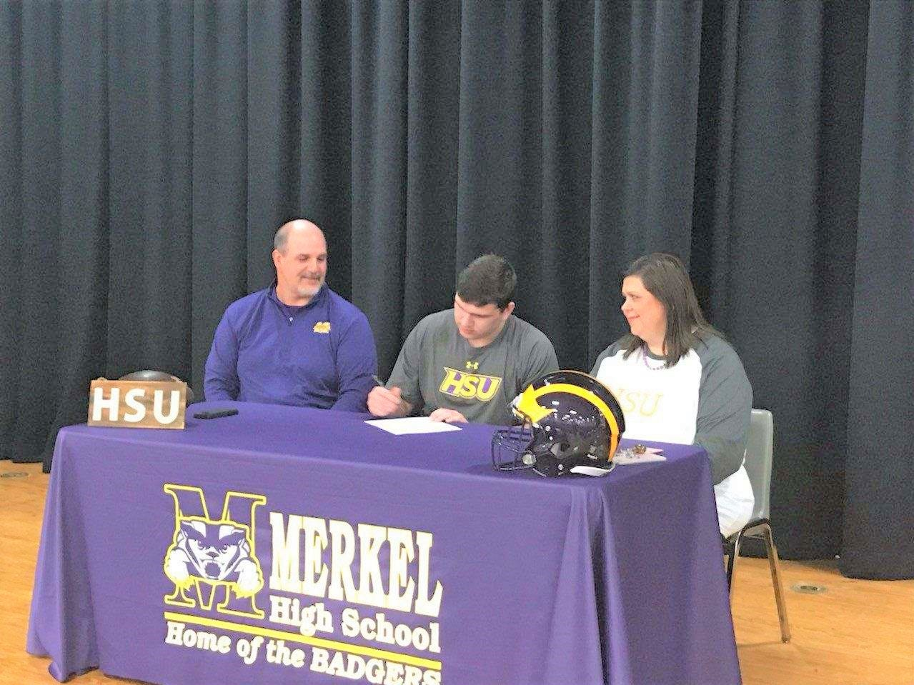 Merkel's Luke Williams signed to play football at Hardin-Simmons.