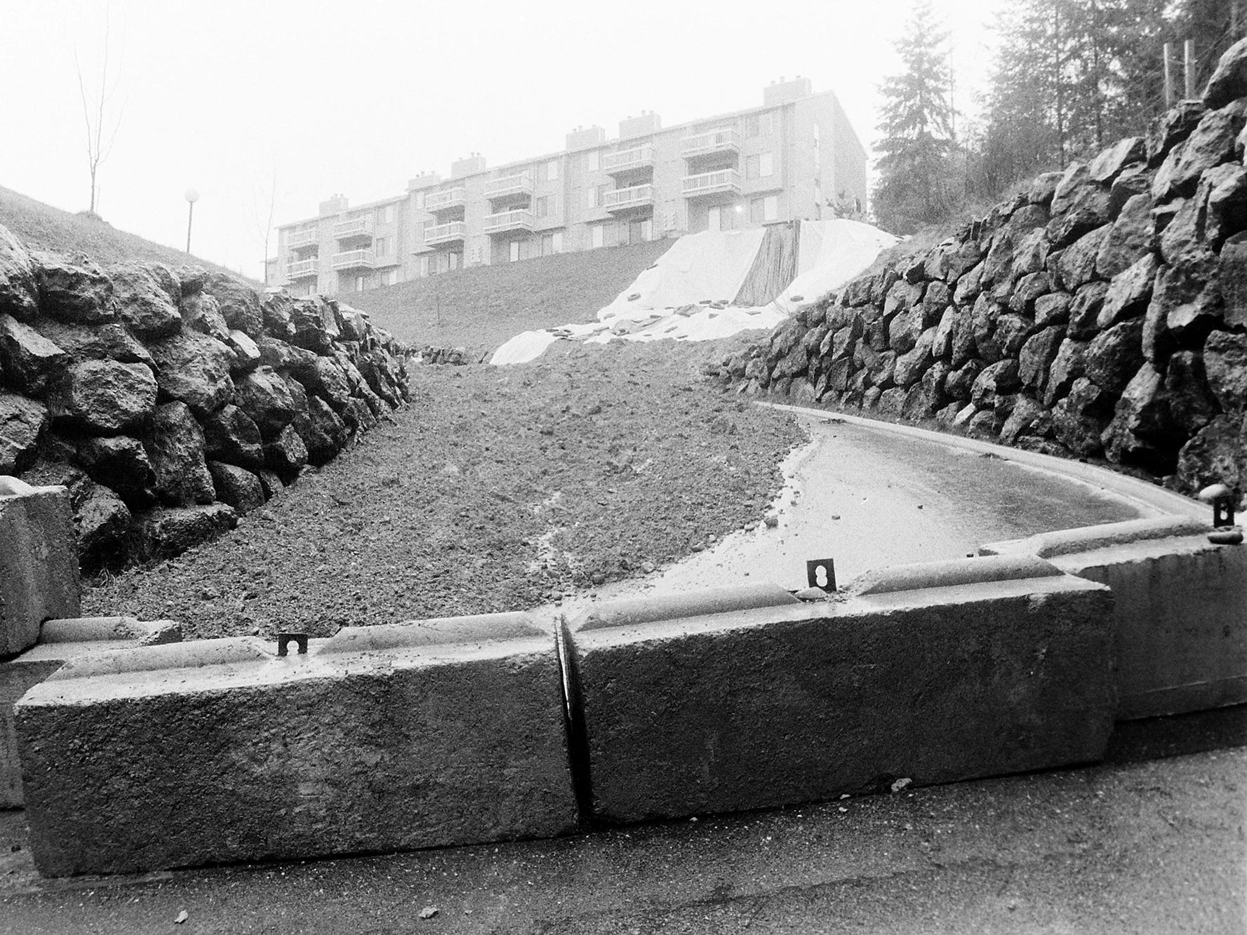 01/23/86Mudslide