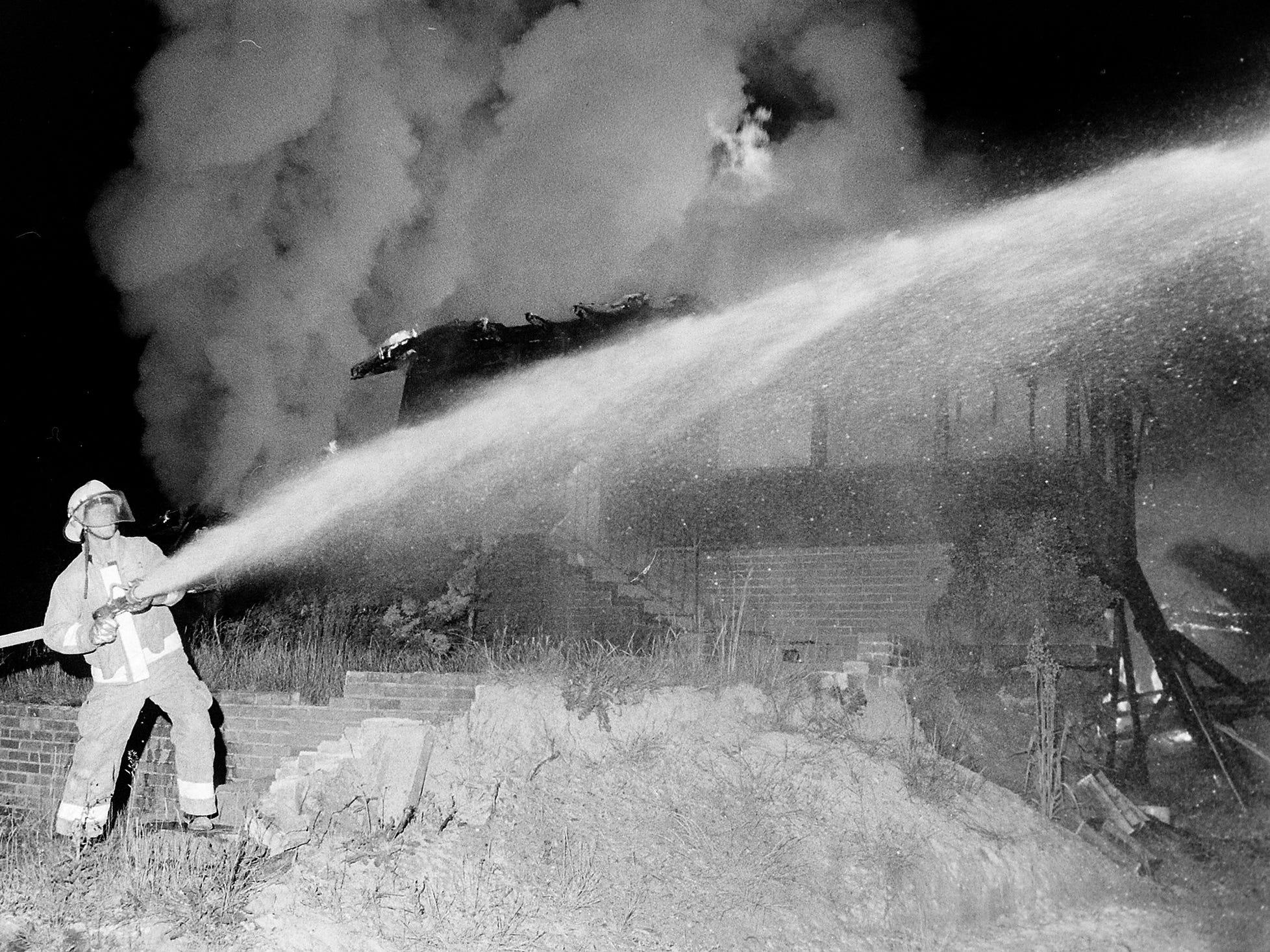 06/04/86House Fire