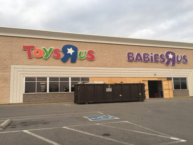 Clarksville's former Toys R Us location is being transformed into a furniture store.