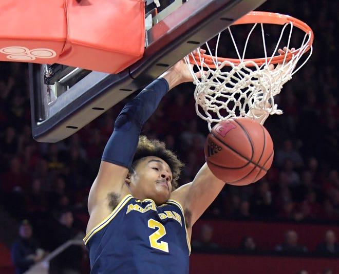 Jordan Poole is leaving school to enter the NBA Draft.