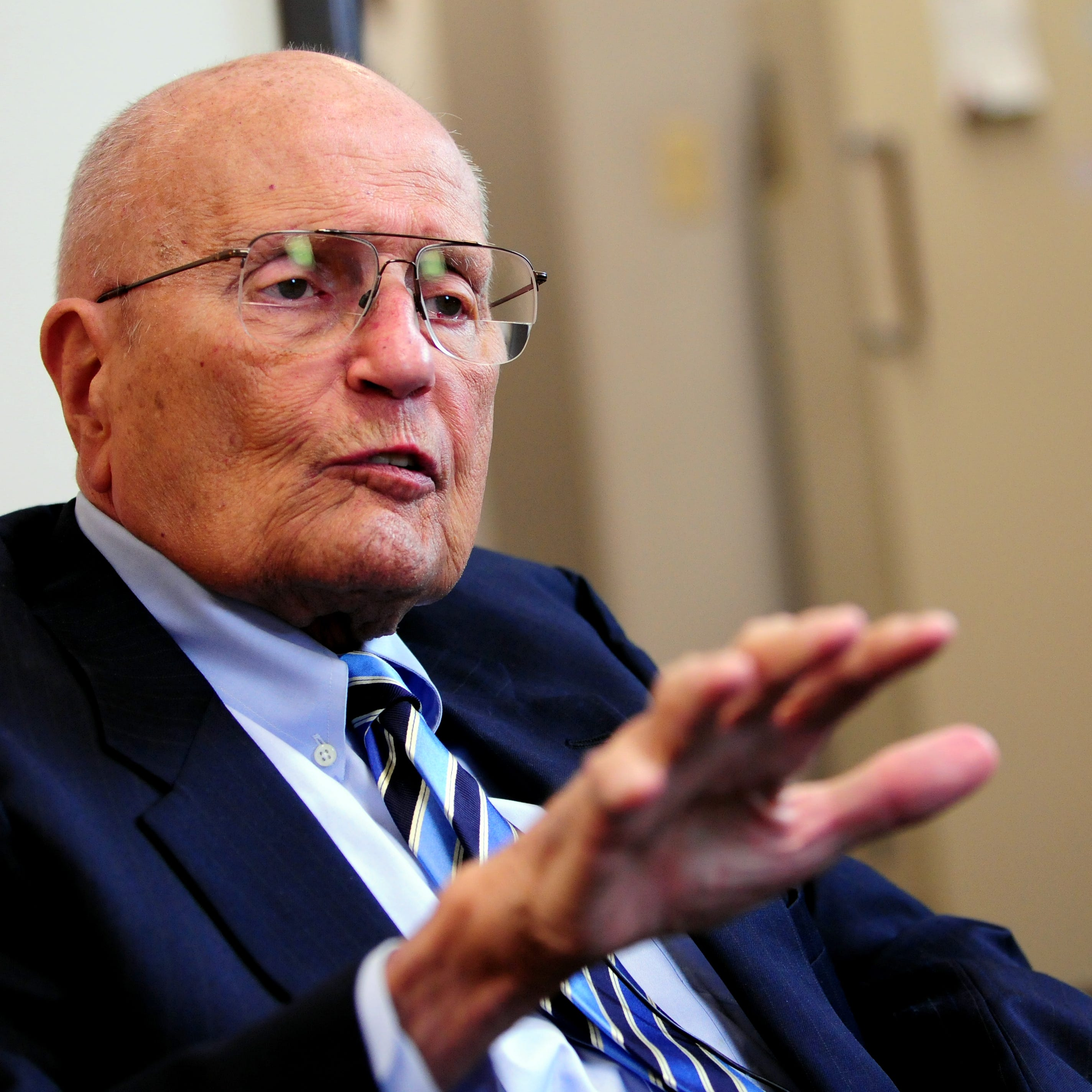 Howes: In Dingell, automakers lose best friend in Washington