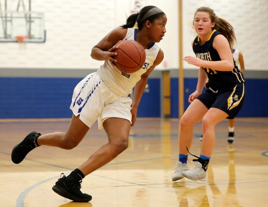 Green Bay Southwest's Jaddan Simmons averaged 21 points, 7.2 rebounds, 3 assists, 3 steals and 1 block as a junior.