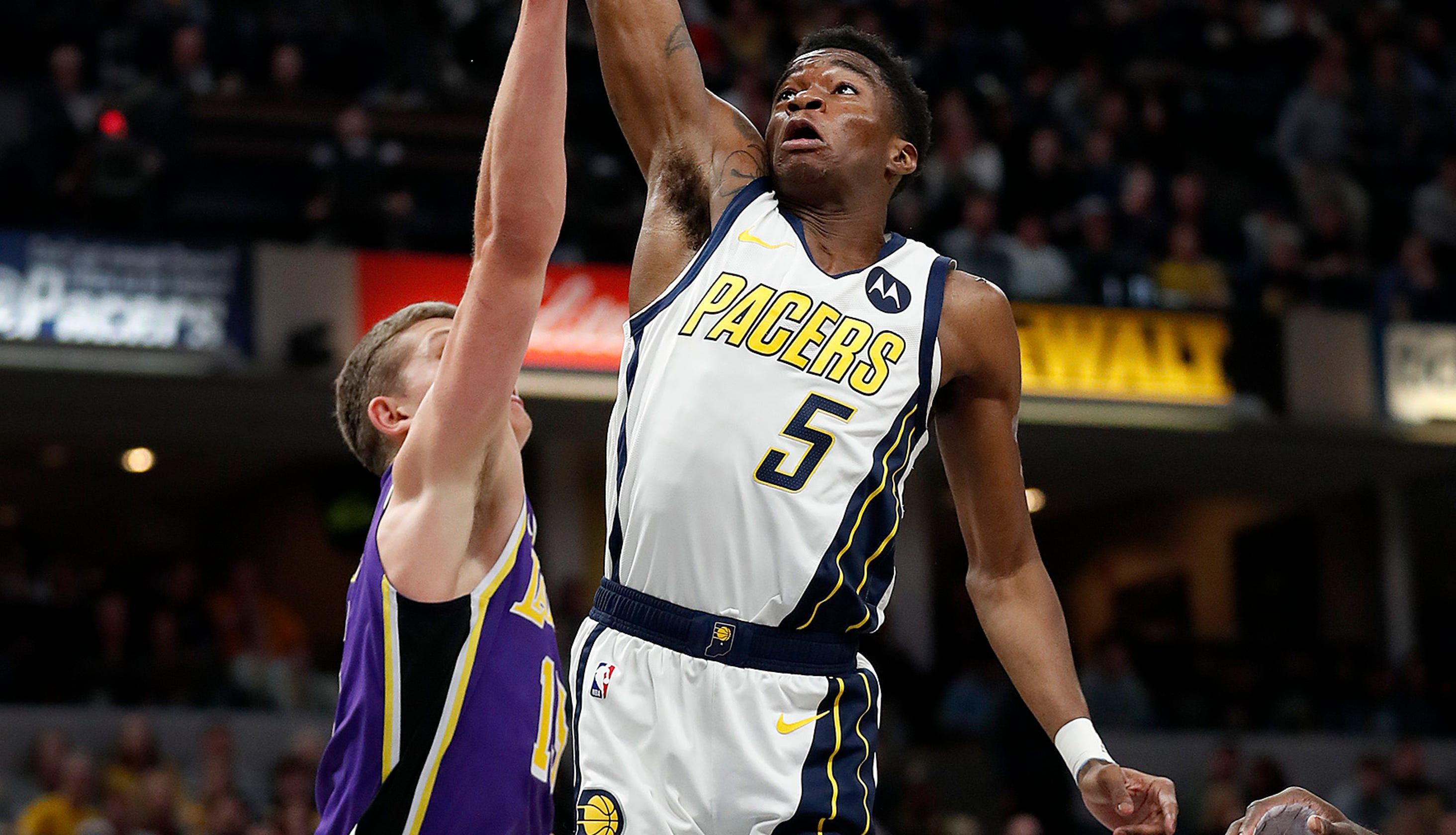 Edmond Sumner scores 17 in Indiana Pacers' rout of Los