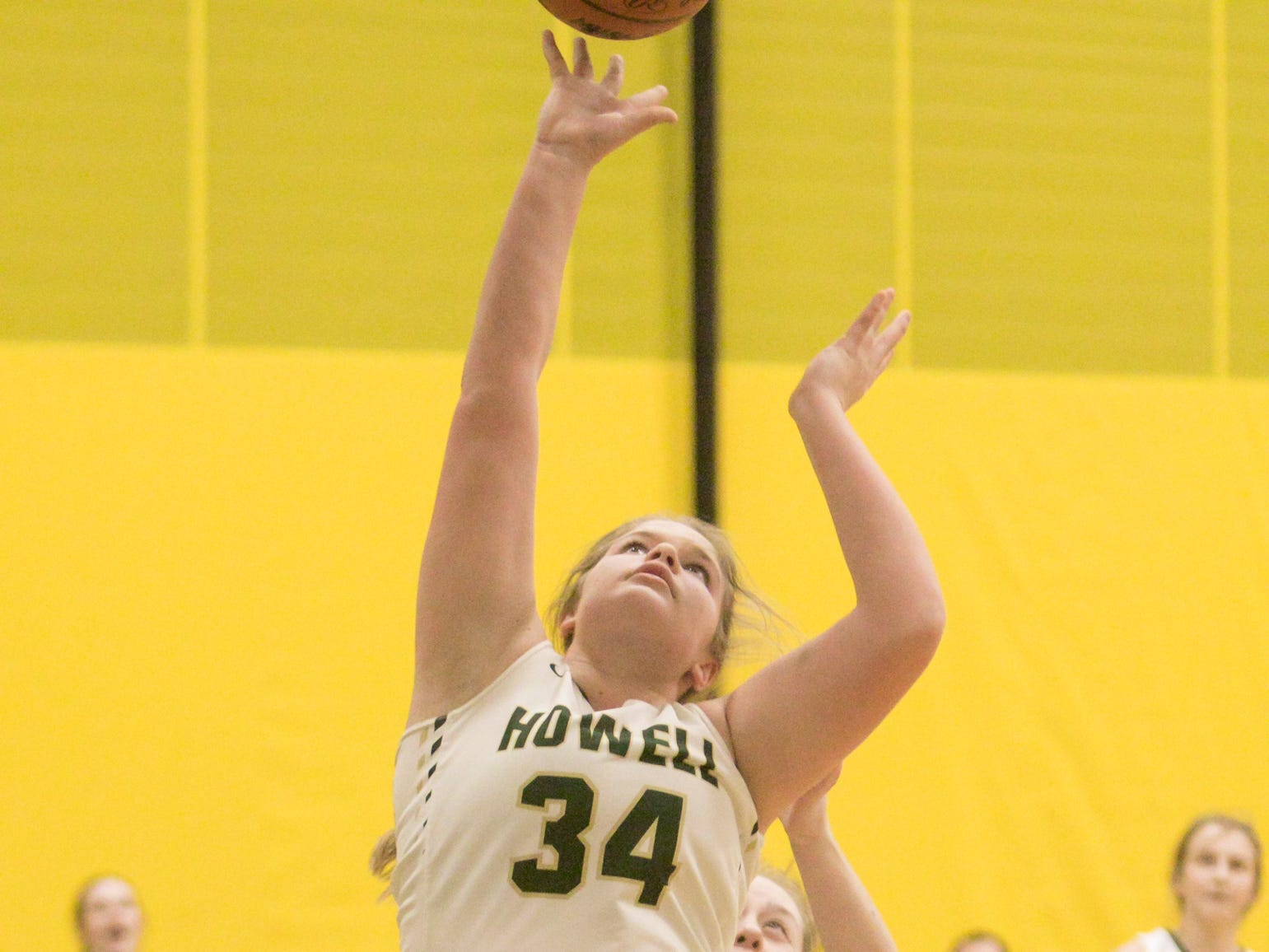 Bryta Mathes of Howell scores in a 48-17 victory over Salem on Tuesday, Feb. 5, 2019.