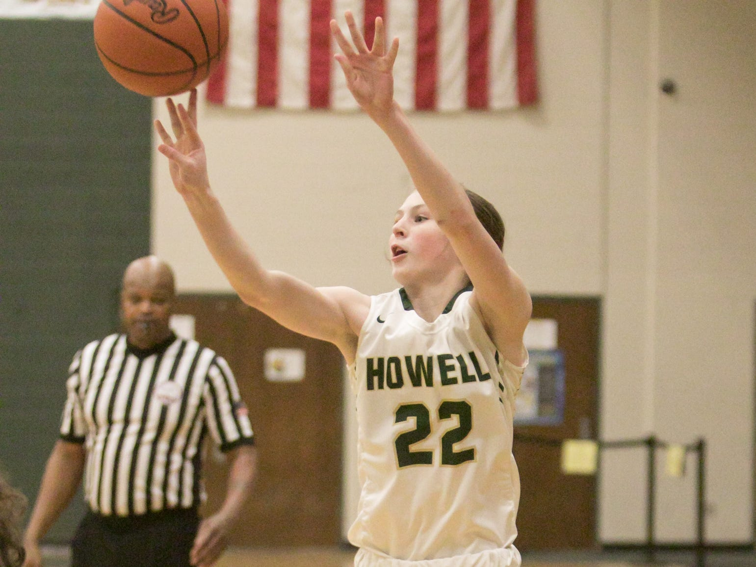 Maeve St. John of Howell puts up a shot in a 48-17 victory over Salem on Tuesday, Feb. 5, 2019.
