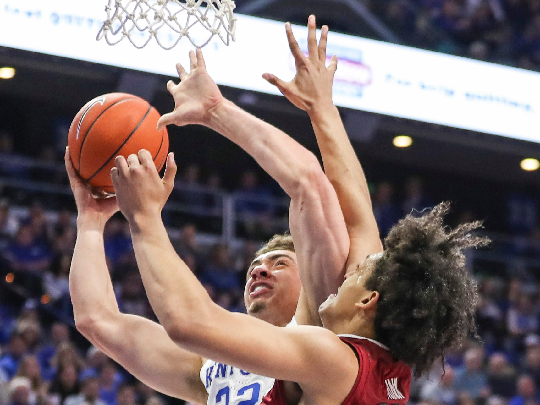 Kentucky's Reid Travis tries to score against South Carolina's Alanzo Frink in the first half Tuesday night at Rupp Arena. Feb. 5, 2019