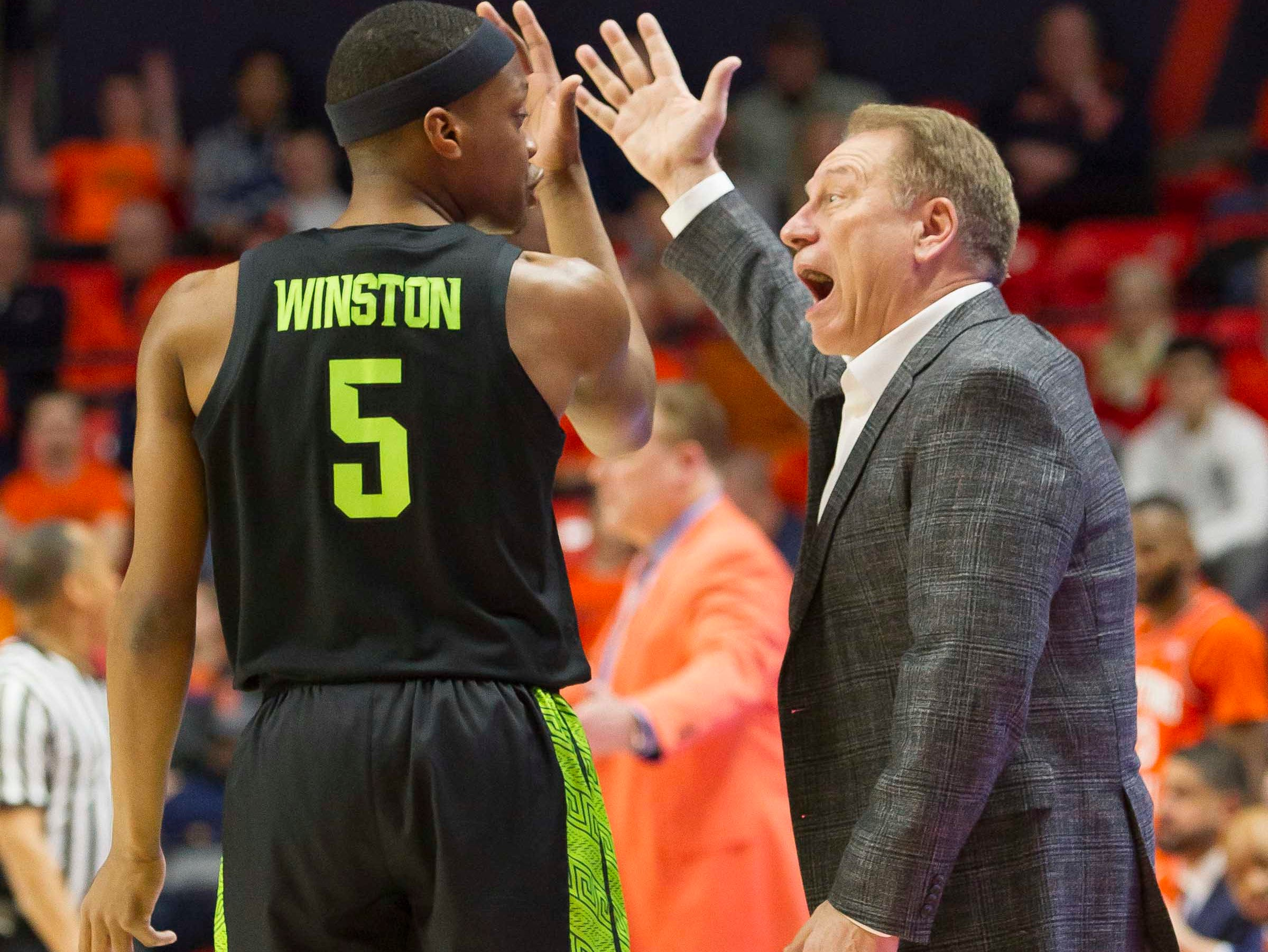 Feb 5, 2019; Champaign, IL, USA; Michigan State Spartans head coach Tom Izzo has a discussion with guard Cassius Winston (5) during the first half against the Illinois Fighting Illini at State Farm Center. Mandatory Credit: Mike Granse-USA TODAY Sports