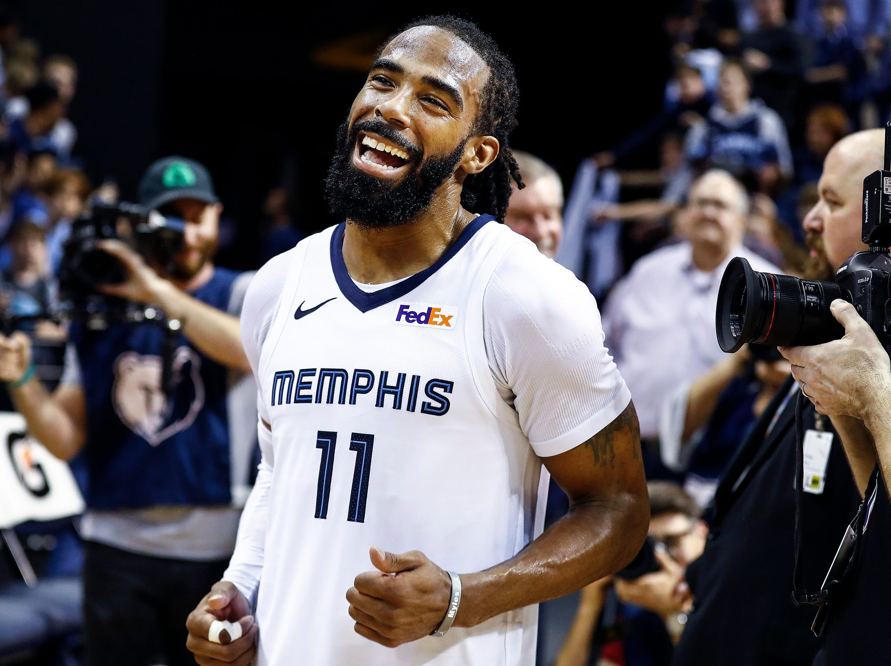 Memphis Grizzlies guard Mike Conley celebrates a 108-106 victory over the Minnesota Timberwolves at the FedExForum in Memphis, Tenn., Tuesday, February 5, 2019.