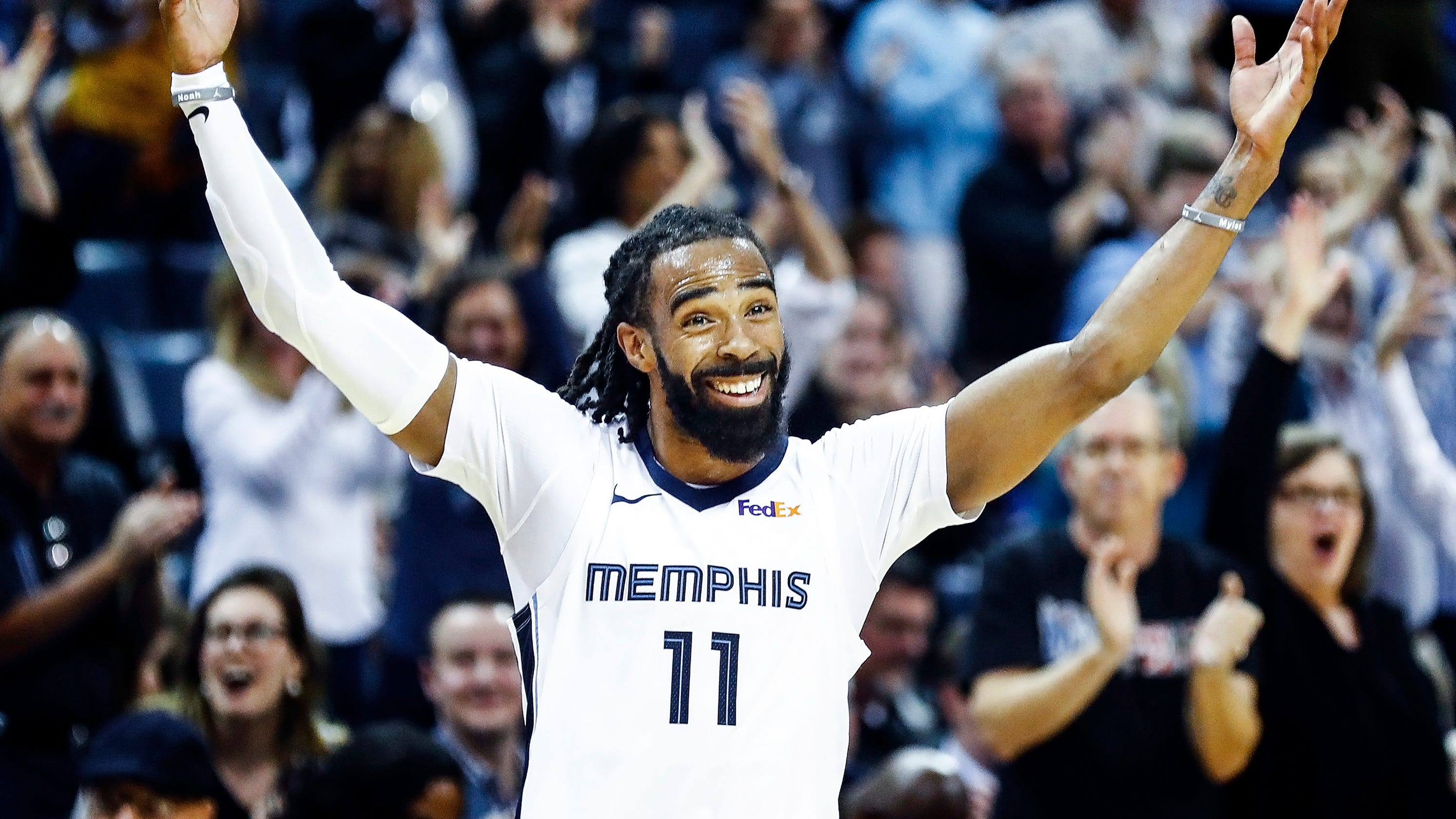 0ce001ae8 Grizzlies  Mike Conley kept
