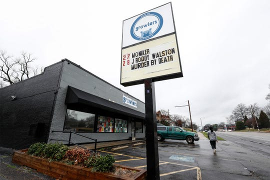 "After listening to concerns from several Memphis musicians, Midtown music venue Growlers has decides to cancel a concert with ""As I Lay Dying and Pentagram"" and two metal bands that have lead singers convicted of harming or attempting to harm family members."