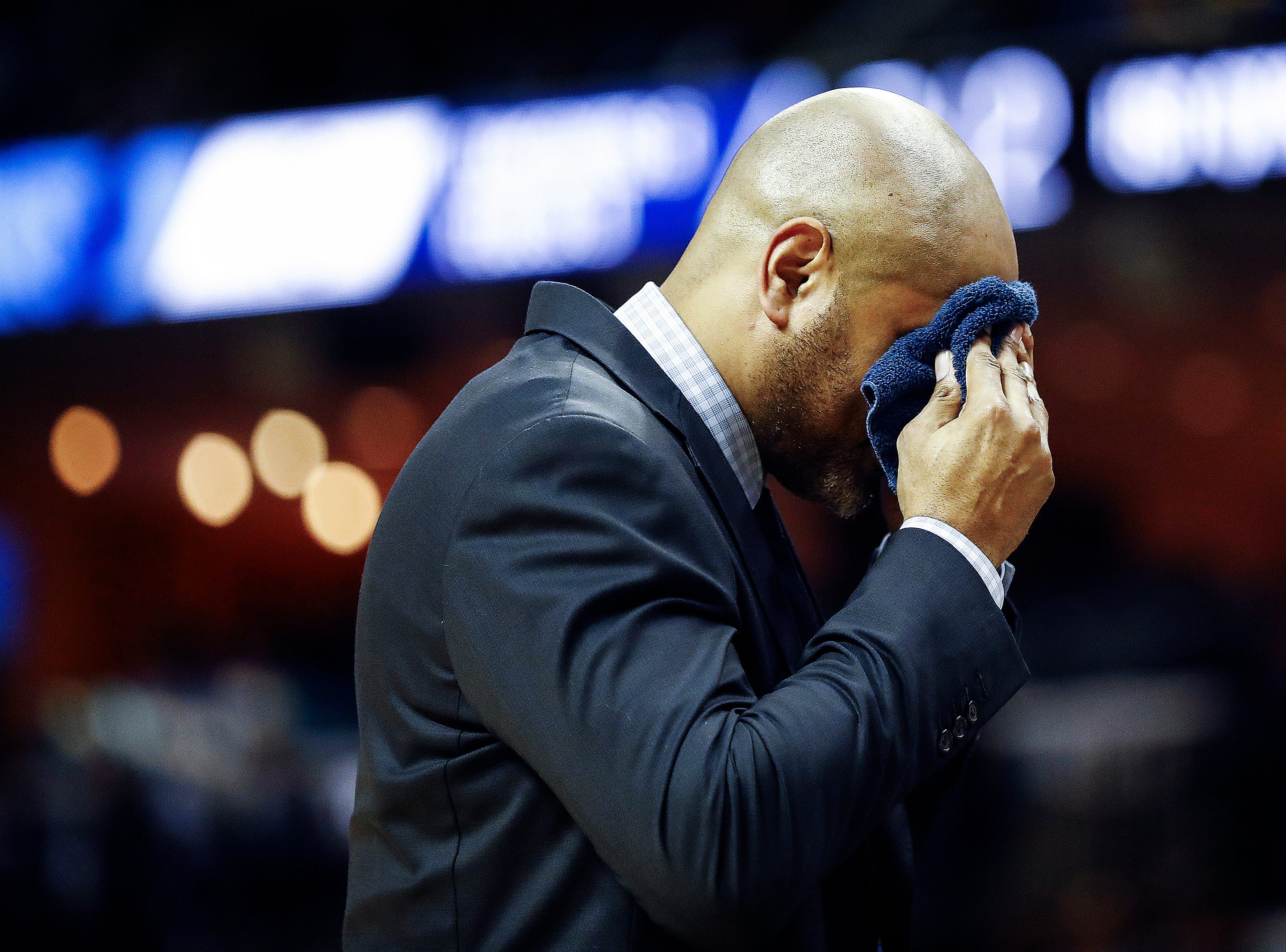 Memphis Grizzlies head coach J.B. Bickerstaff during action against Minnesota Timberwolves during action at the FedExForum in Memphis, Tenn., Tuesday, February 5, 2019.