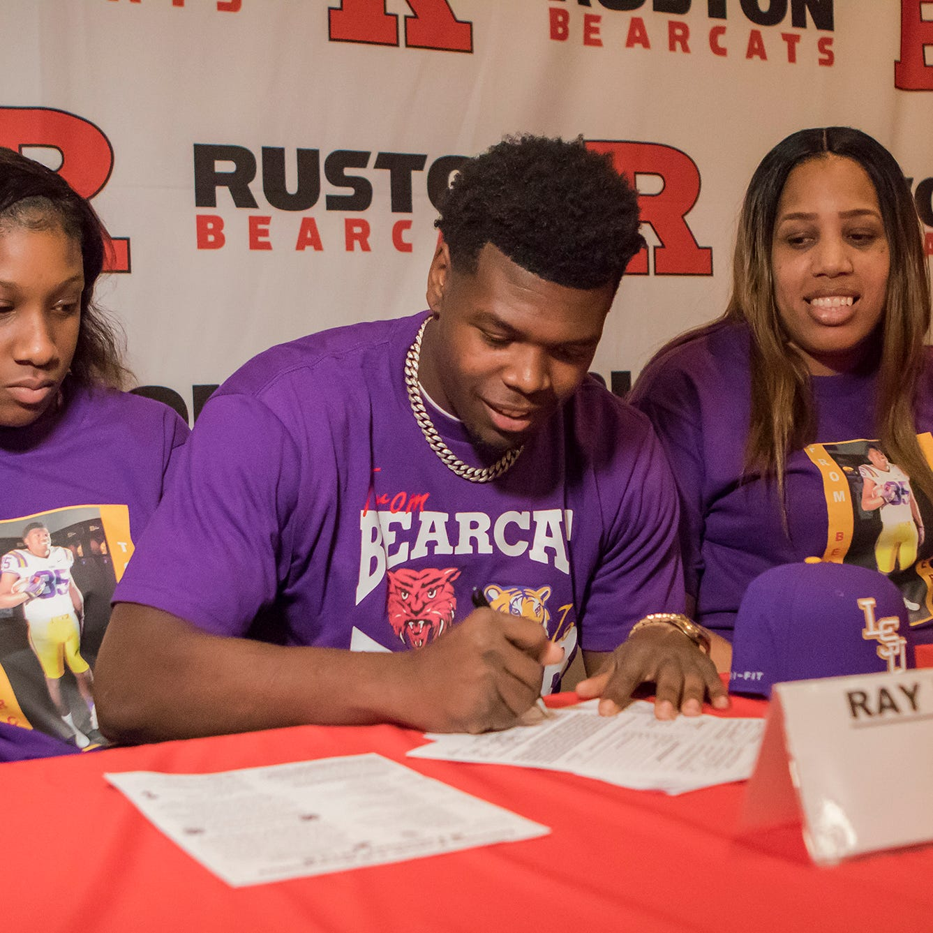 Ruston's Parker ends suspense, signs with LSU