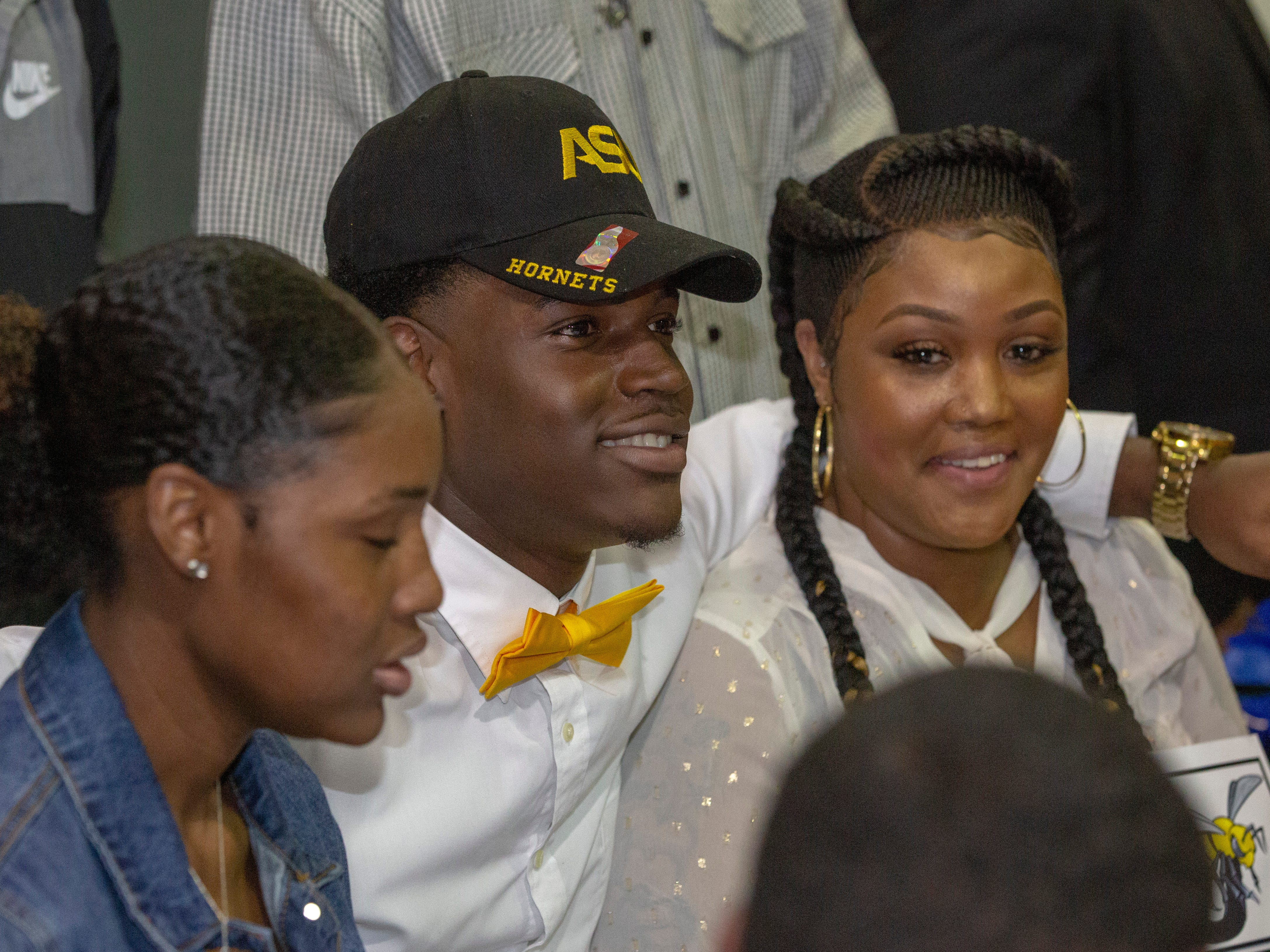 Ja'lon Mosely, a Jeff Davis football player, will walk on at Alabama State University.