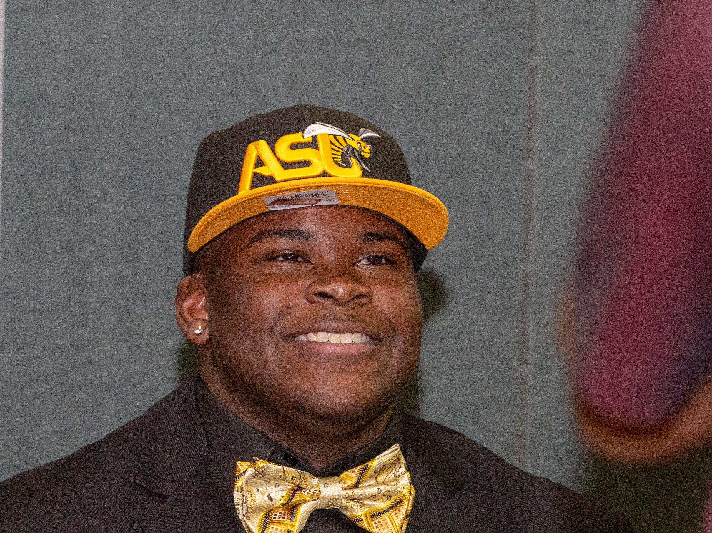 Kavarius Thomas, a Jeff Davis football player, will walk on at Alabama State University.