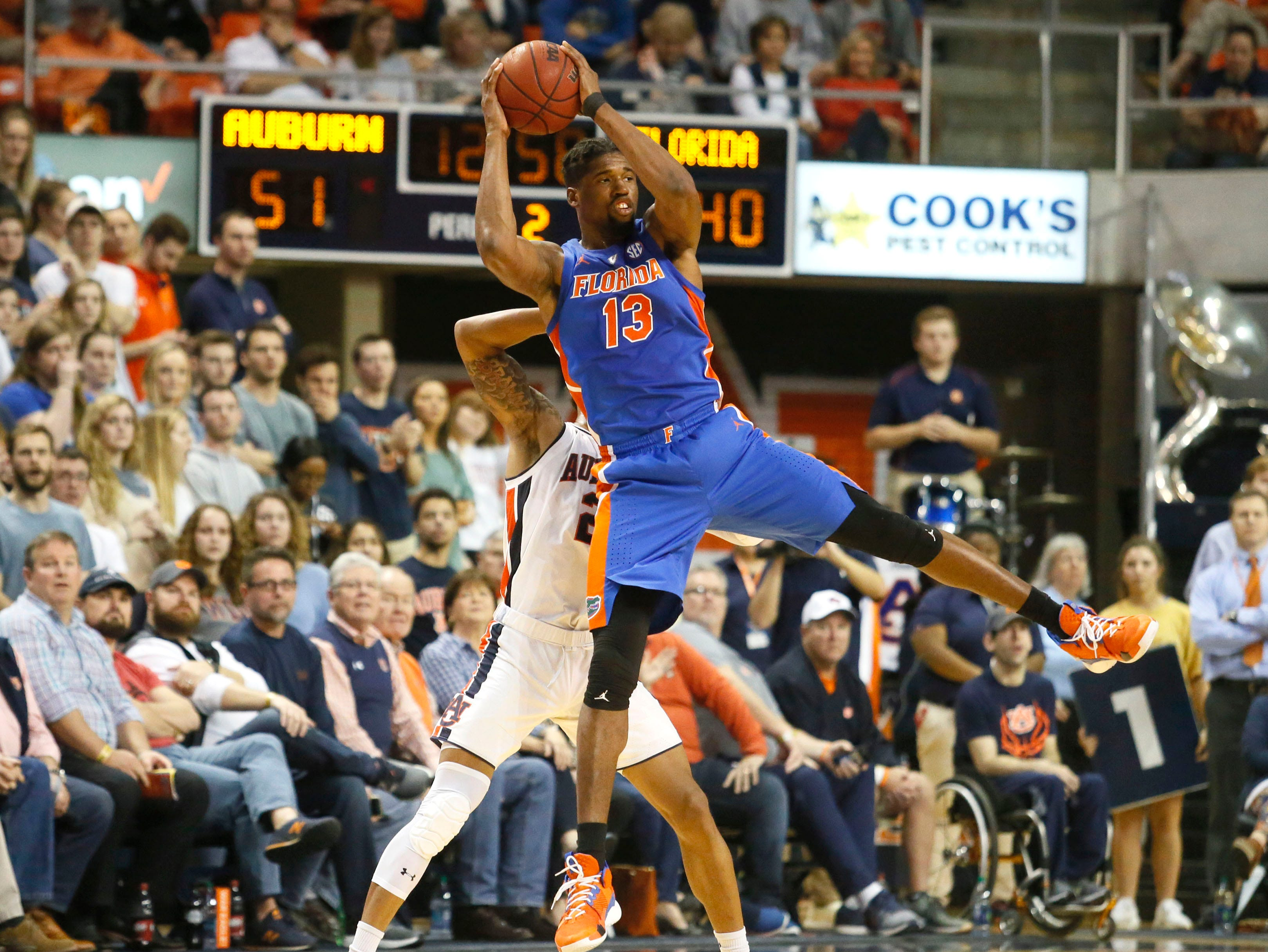 Feb 5, 2019; Auburn, AL, USA; Florida Gators center kevarrius Hayes (13) catches a pass during the second half against the Auburn Tigers at Auburn Arena. Mandatory Credit: John Reed-USA TODAY Sports