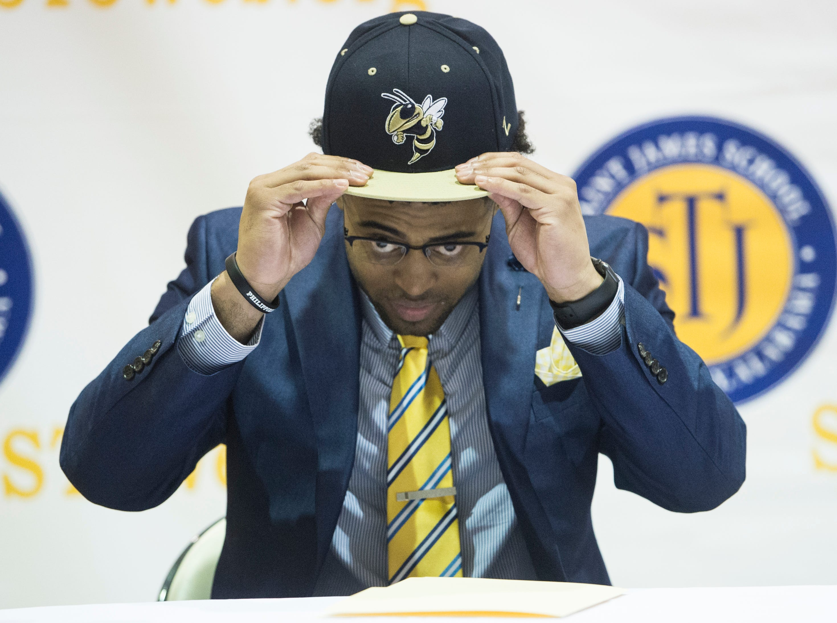 Tony Amerson announces his signing to Georgia State during signing day at St. James High School in Montgomery, Ala., on Wednesday, Feb. 6, 2019.