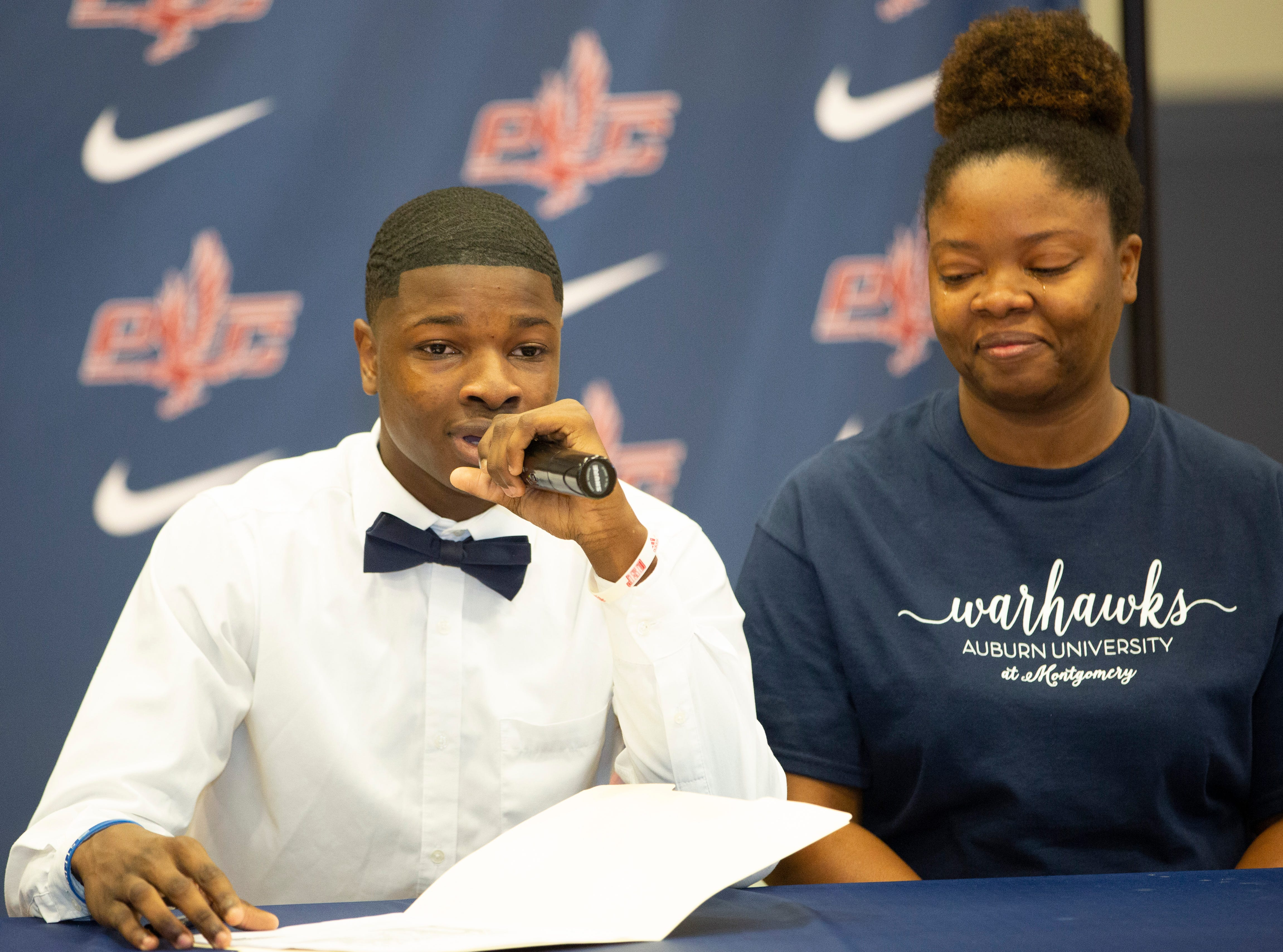 Jalen Warren, a football player at Park Crossing, signed with Bethel University.