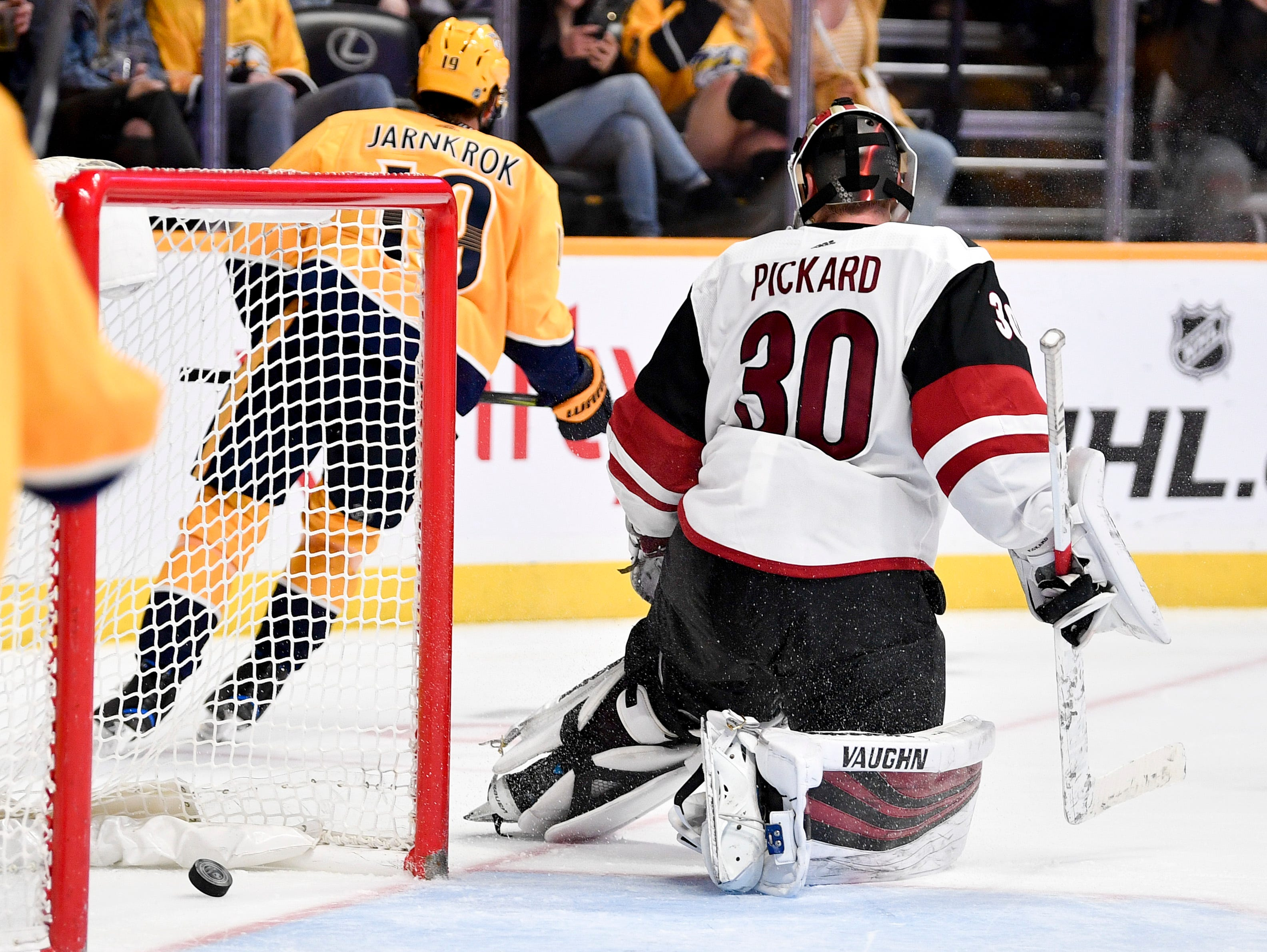 Nashville Predators center Calle Jarnkrok (19) scores past Arizona Coyotes goaltender Calvin Pickard (30) during the third period at Bridgestone Arena in Nashville, Tenn., Tuesday, Feb. 5, 2019.