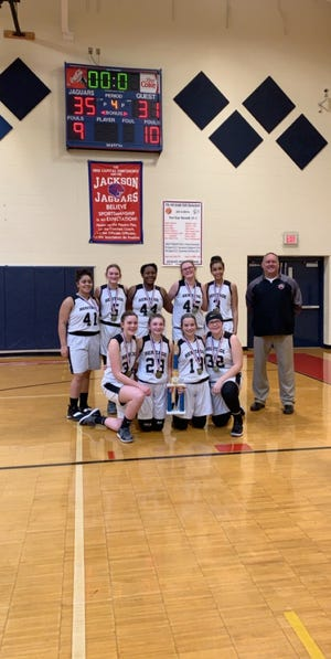 Newark Heritage eighth-grade girls finished the season 17-1.