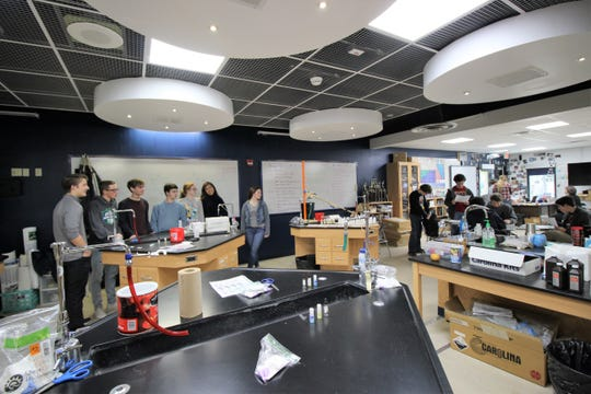 The science department lab at Ruidoso High School allows students to participate in hands-on education. Students from the science department will be attending the 2019 Science Bowl.
