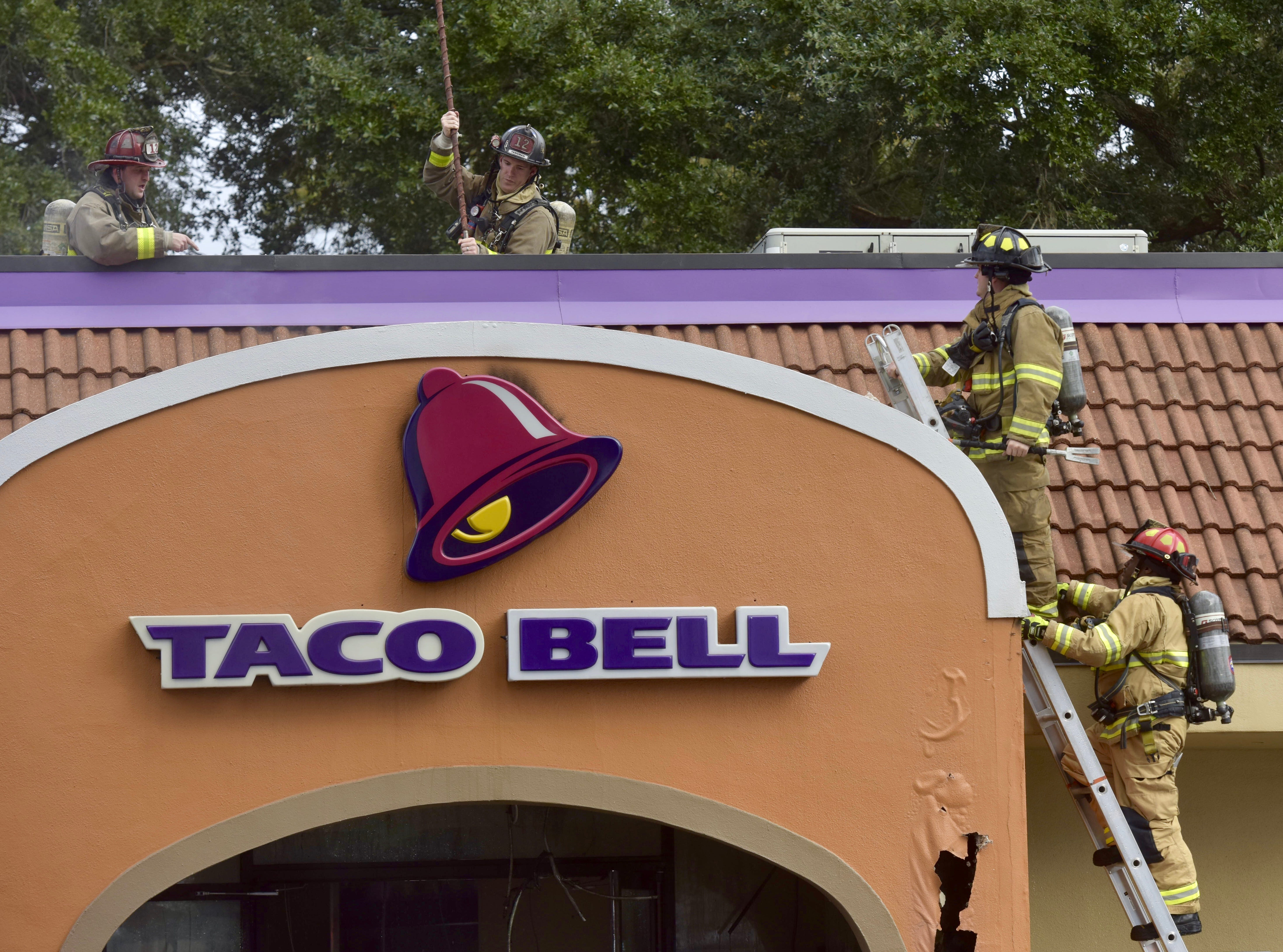 Fire crews are at thescene of a fire at a Taco Bell at 301E. Nine Mile Road in Pensacola.