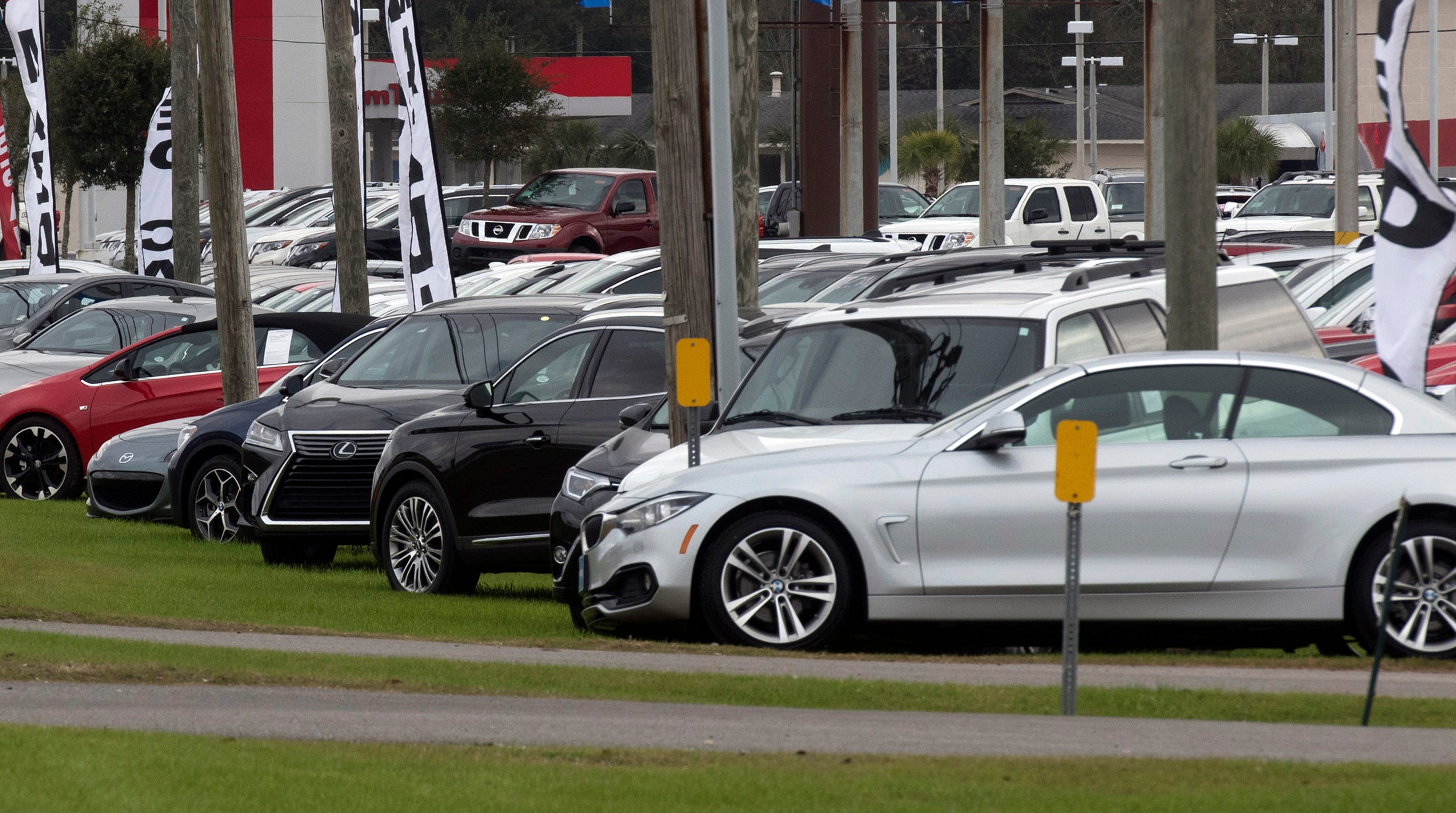 Escambia County Commission Moves Ban On Out Of Town Car Dealers