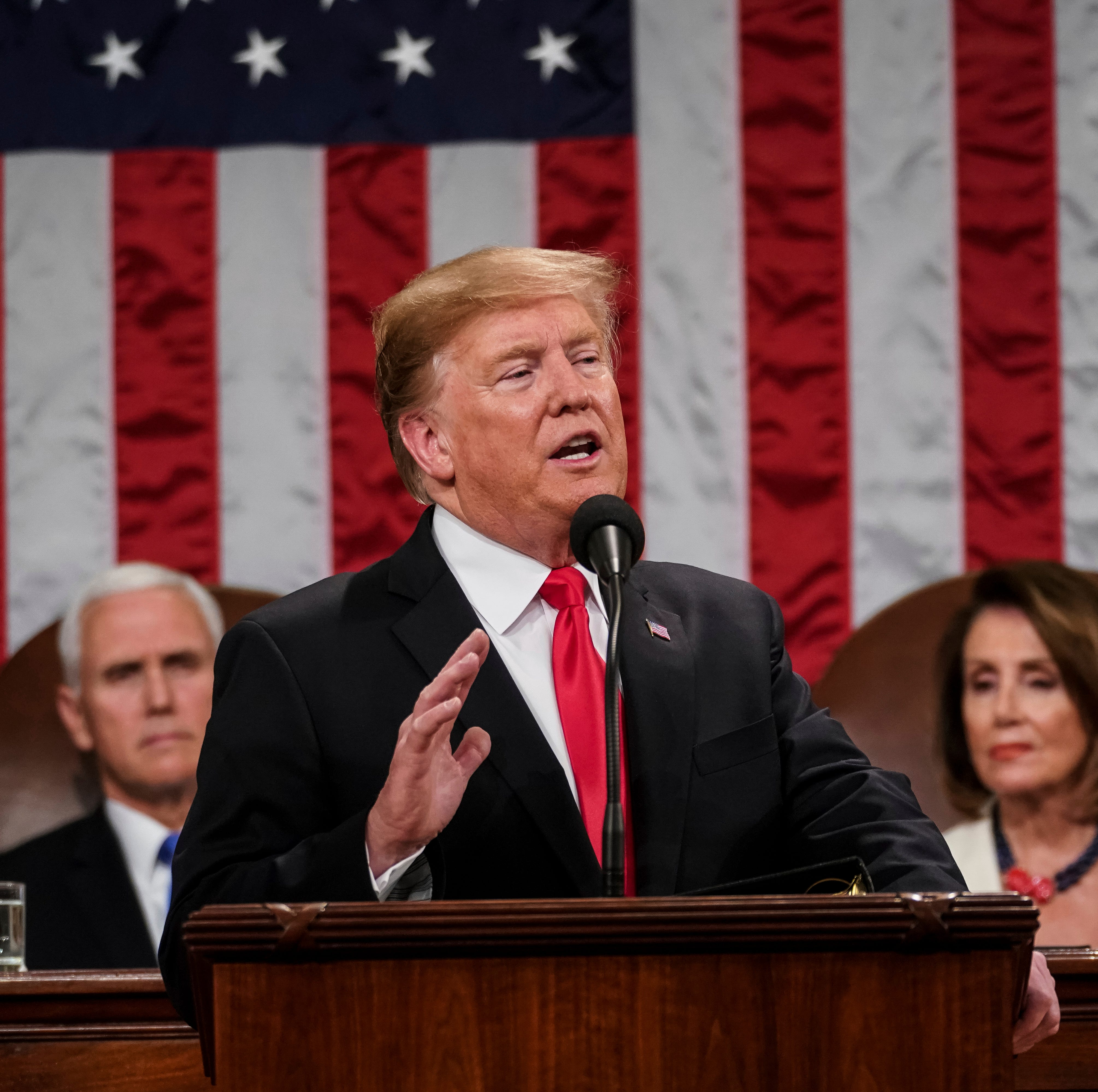 With another government shutdown looming, Trump doubles down on border wall in State of the Union
