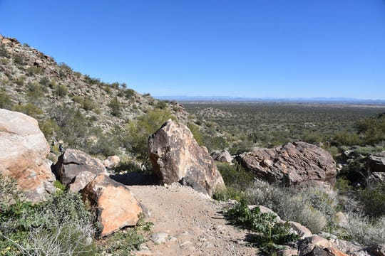 Excellent views appear in the first mile of the Mesquite Canyon Trail.