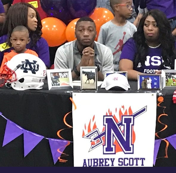North DeSoto's Scott enjoys worldly recruiting process