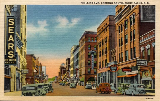 The Jordans store (lower right) was a fixture on Phillips Avenue in the 1930s-50s.