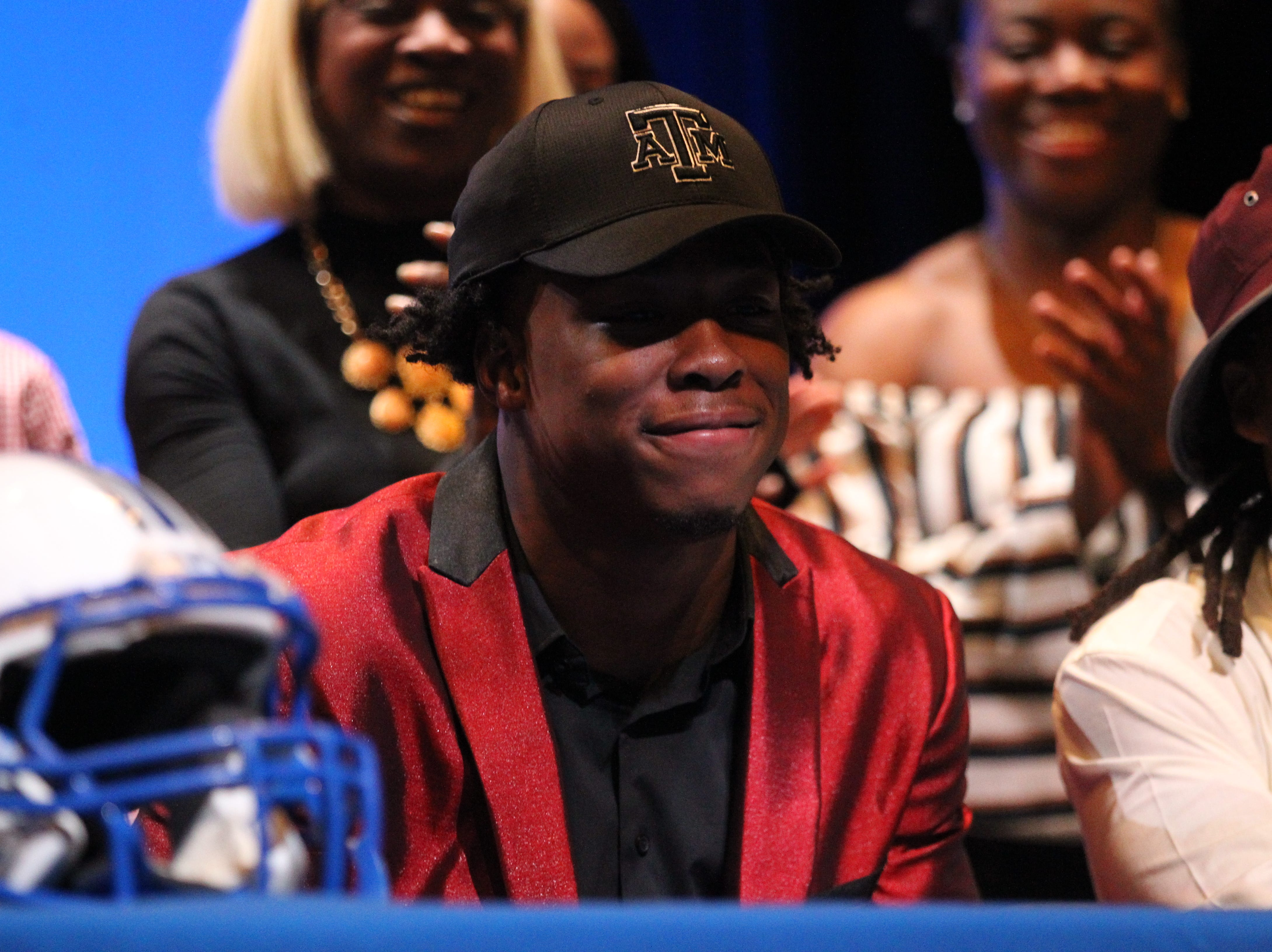 Godby linebacker Tarian Lee Jr. signed with Texas A&M during signing ceremonies on National Signing Day, Feb. 6, 2019.