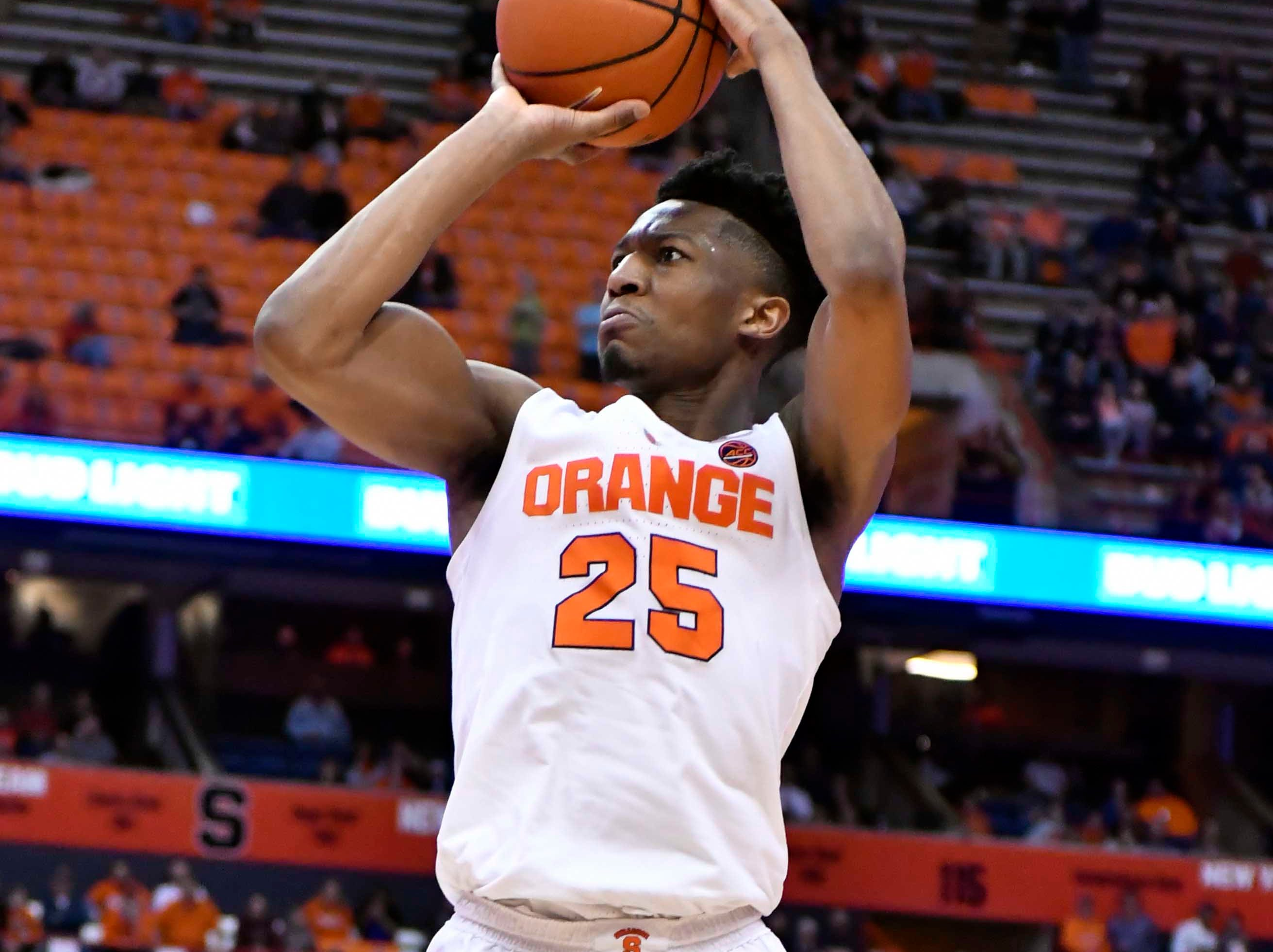 Feb 5, 2019; Syracuse, NY, USA;Syracuse Orange guard Tyus Battle (25) pulls up for a jump shot in the second against the Syracuse Orange half at the Carrier Dome. Mandatory Credit: Mark Konezny-USA TODAY Sports