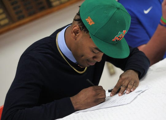 Leon receiver Donovan Mobley signed with Florida A&M during signing ceremonies on National Signing Day, Feb. 6, 2019.