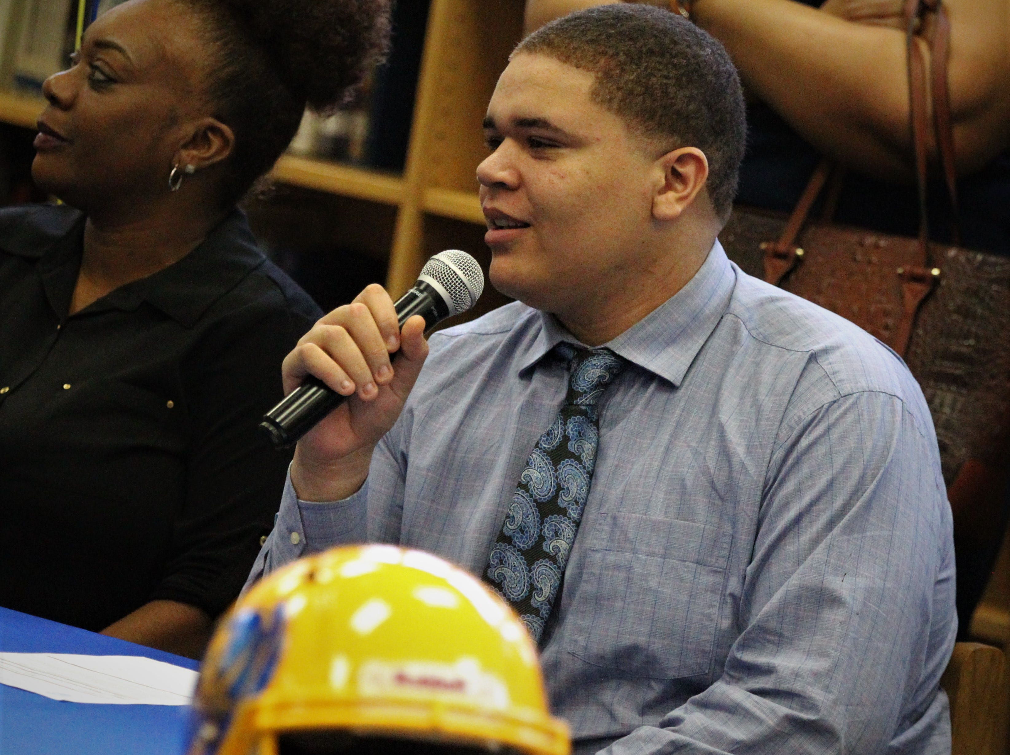 Rickards offensive lineman Sharrod Riggins signed with Itasca Community College during National Signing Day ceremonies on Feb. 6, 2019.