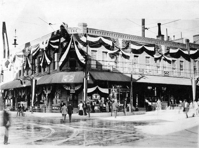 Mills Building. Oct 1909. Buildings is decorated for meeting of Presidents Taft and Diaz, on 16 Oct 1909.