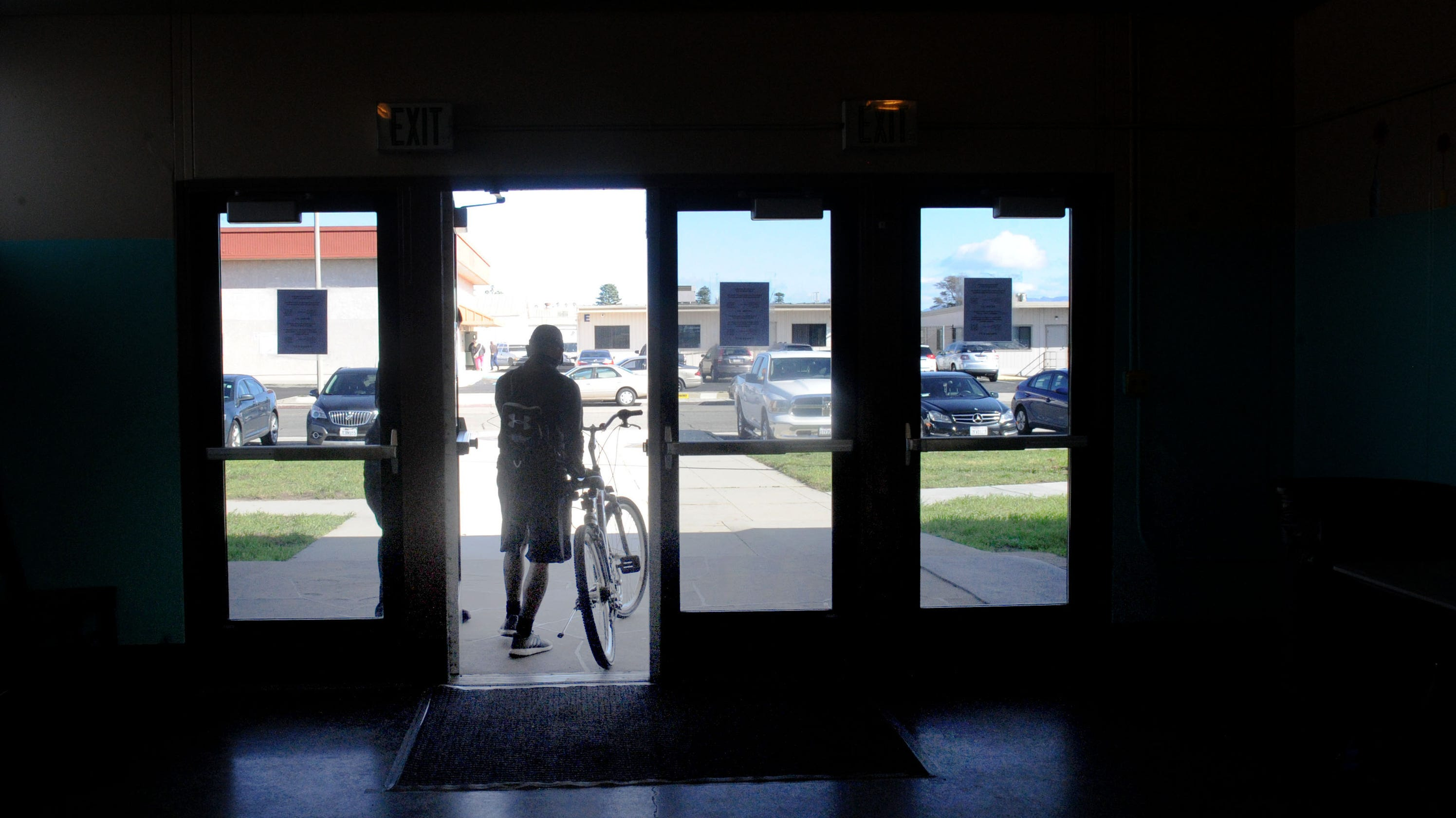 Temporary Oxnard homeless shelter low on funds; future in ...